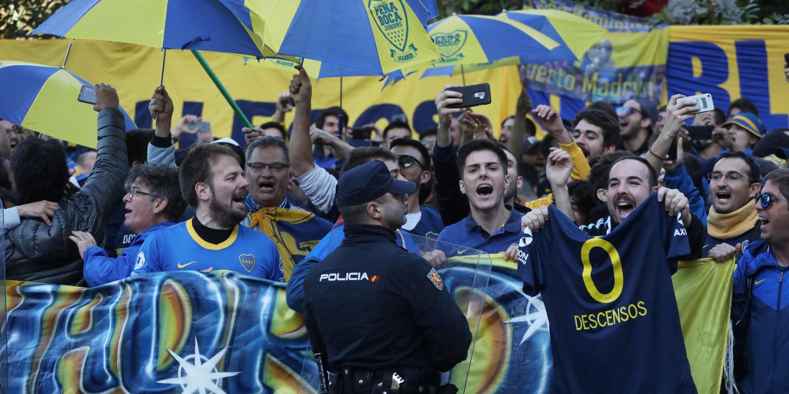 Des fans de Boca Juniors dans les rues de Madrid, le 8 décembre.