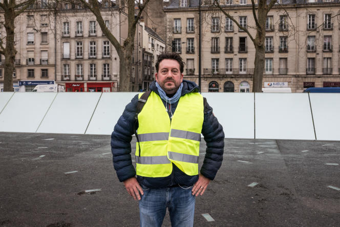 David Babin, 46 ans, commercial. Il soutient le mouvement des« gilets jaunes» à Nantes depuis le début.