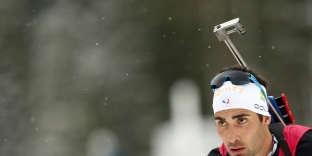 A l'ouverture de la saison à Pokljuka, en Slovénie, Martin Fourcade pris après une 24eplace dans le sprint, le 7décembre, et avait abandonné sur la poursuite deux jours plus tard.