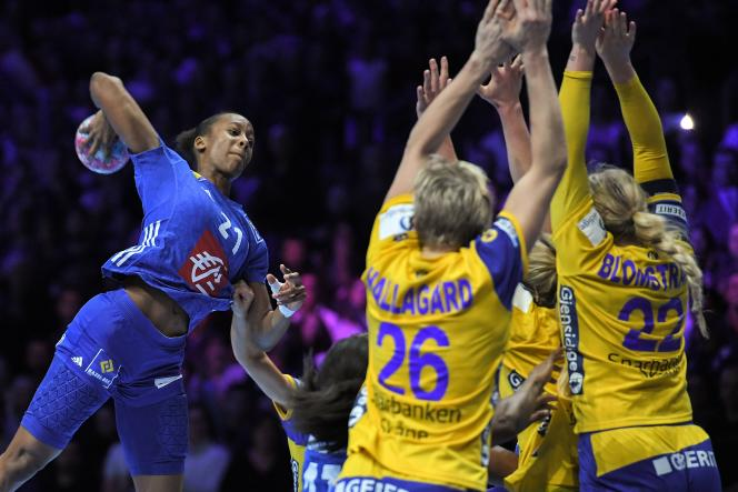 Orlane Kanor a inscrit quatre buts face à la Suède, mais raté le tir de la gagne.