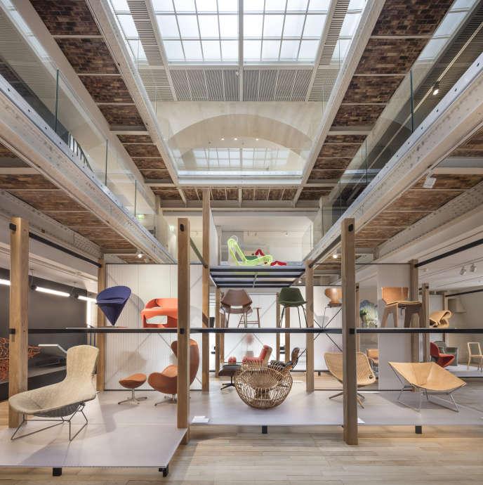 La nouvelle« bibliothèque du siège» et ses soixante modèles.