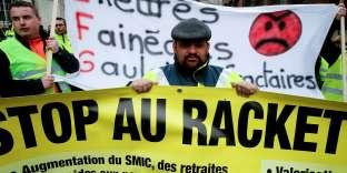 Manifestation de « gilets jaunes» à Charleville-Mézières, le 8 décembre.