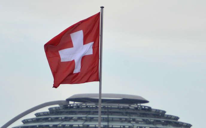 De nombreux Français s'exilent fiscalement en Suisse en toute légalité pour payer moins d'impôts.