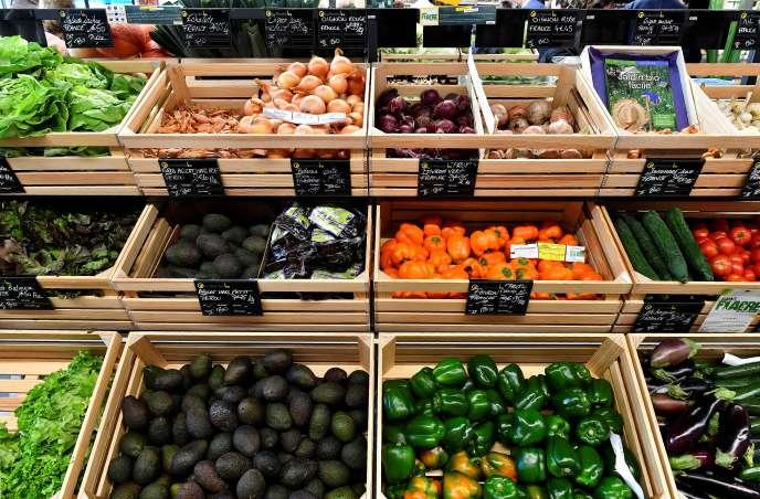 Des légumes en vente dans un supermarché bio à Saintes (Charente-Maritime), le 23octobre 2018.