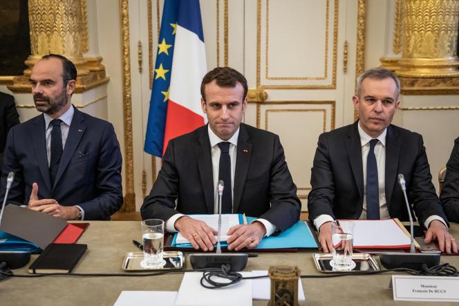 Edouard Philippe, Emmanuel Macron et François de Rugy, au palais de l'Elysée, le 10 décembre.