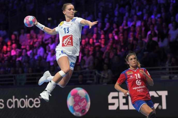 Manon Houette et ses partenaire s'envolent vers la demi-finale de l'Euro.