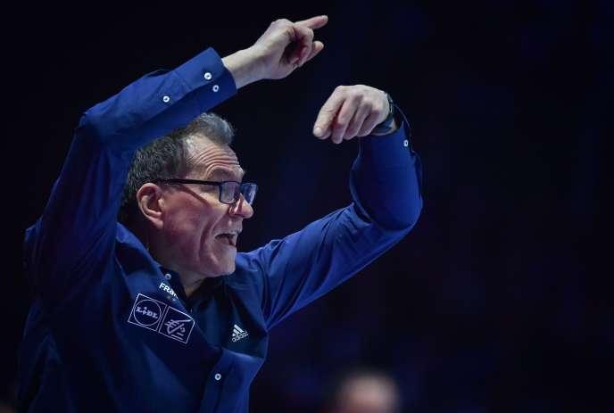 Depuis vingt ans, Olivier Krumbholz dirige l'orchestre des Bleues.