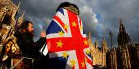Lors d'une manifestation d'opposants au Brexit devant le Parlement anglais, le 12 décembre, à Londres.