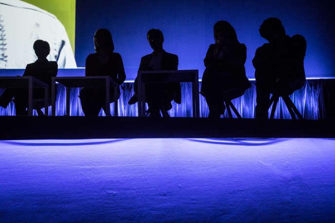 La table ronde « Anticiper » permet d'aider les lycéens à comprendre quels métiers recruteront demain.