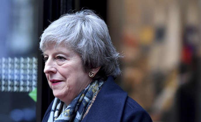 Theresa May à la sortie d'un sommet européen à Bruxelles, le vendredi 14 décembre.