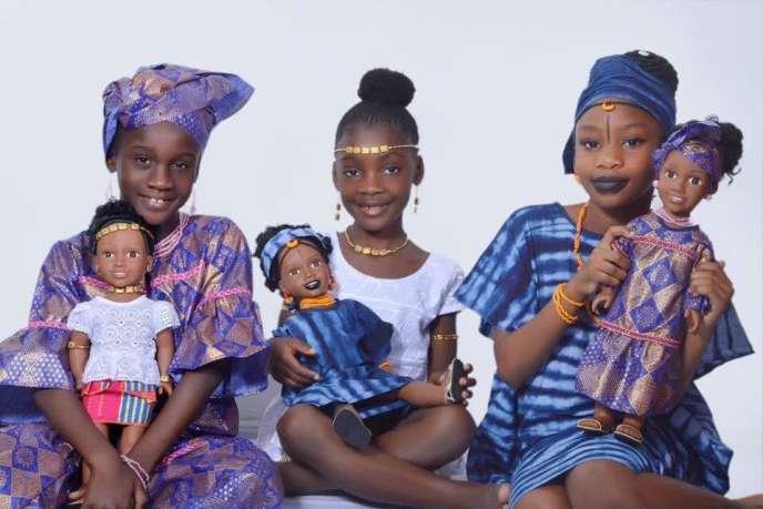 Les poupées Sarama Dolls : modèles «Lolomie» la princesse akan,« Coumba»la princesse peule et«Sira» la princesse mandingue, de la créatrice ivoirienne Fatoumata Koné.