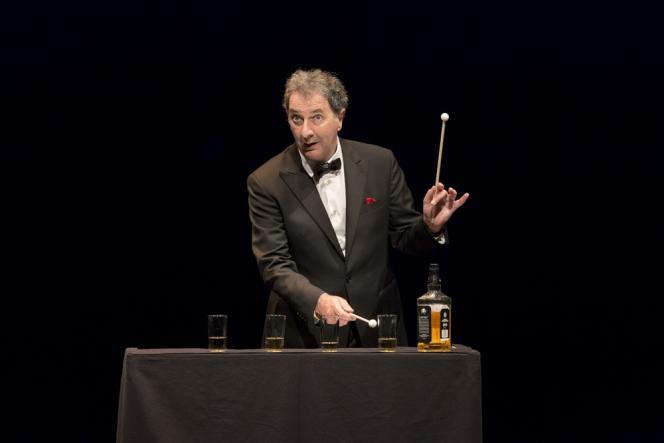 François Morel dans« J'ai des doutes» au Théâtre du Rond-Point.