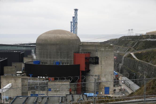 L'EPR de Flamanville (Manche), le 9 février 2017. Son chantier a commencé en 2007 et n'est toujours pas terminé.