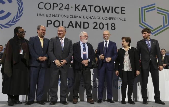 Les chefs de délégation réunis lors de la dernière session du sommet de la COP24, le 15décembre, à Katowice (Pologne).