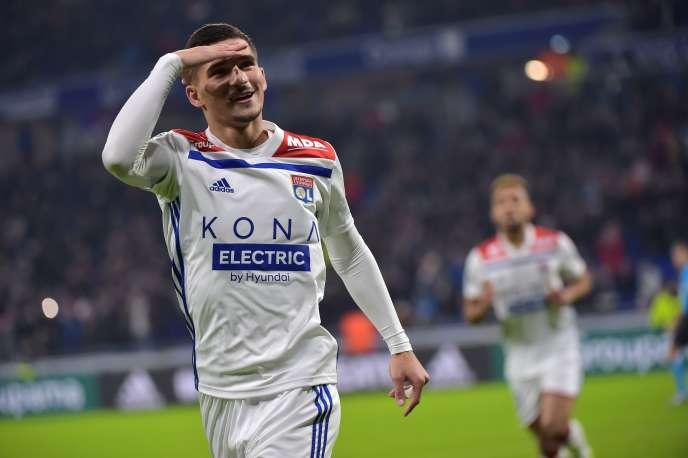 Lyon domine sans forcer un Monaco désespérant