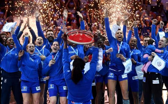 Les Françaises ont remporté dimanche leur premier titre européen.