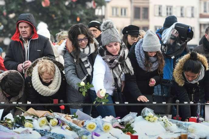 Peu avant les fêtes, le 11 décembre, Chérif Chekatt avait tué cinq personnes et blessé onze autres dans le quartier du marché de Noël.