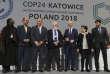 Les représentants des délagations à l'issue de la COP24, à Katowice (Pologne), le 15 décembre.