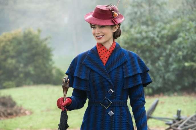 Emily Blunt dans le rôle de Mary Poppins dans le film de Rob Marshall,«Le Retour de Mary Poppins».