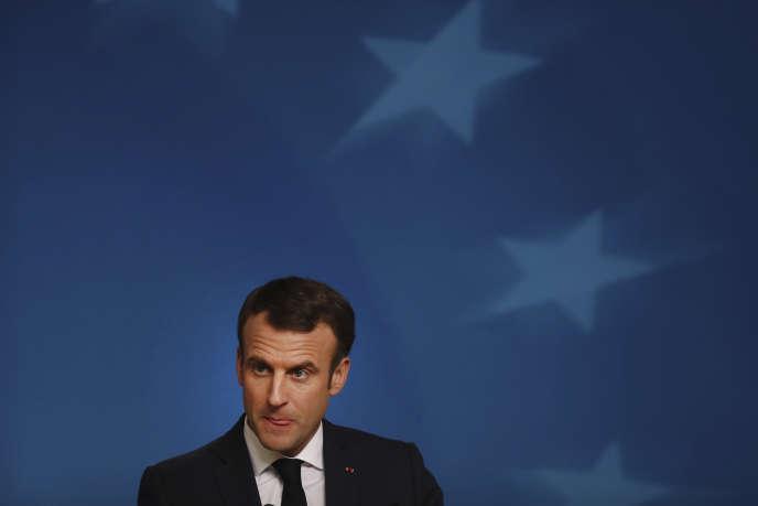 Emmanuel Macron, lors d'une conférence de presse à Bruxelles, le 14 décembre.