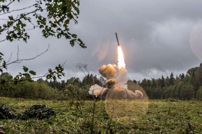 Traité nucléaire INF: Moscou se dit prêt à reprendre les discussions