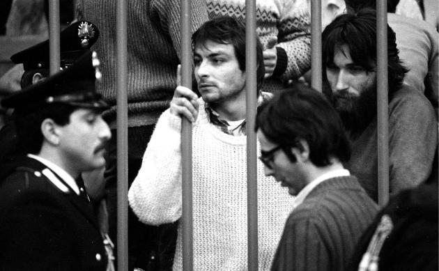 Cesare Battisti durant son procès à Milan, en 1981.