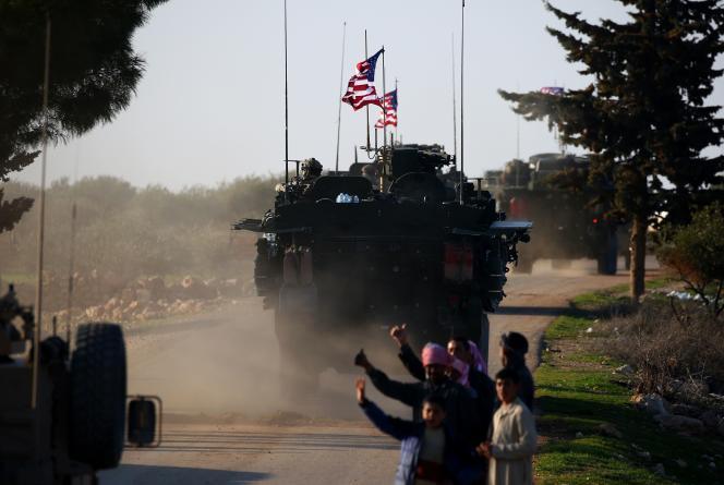 Des troupes américaines près de Manbij, au nord de la Syrie, en mars 2017.