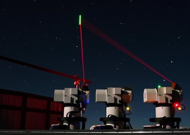 Expérience de téléportation quantique entre le satellite Micius et la base d'Ali, au Tibet.