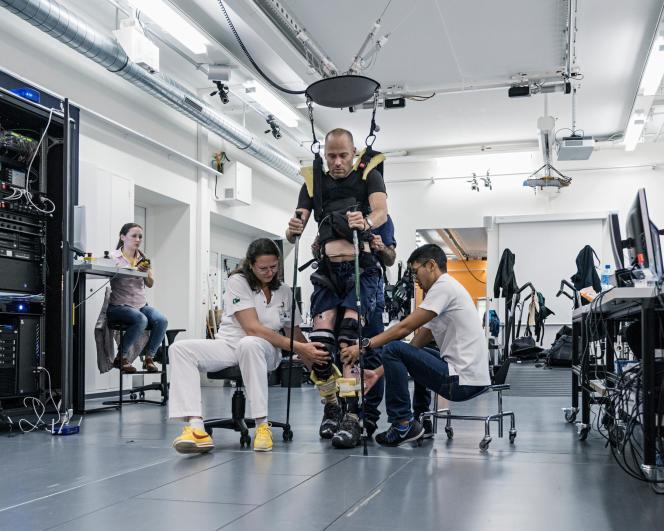 Début des essais cliniques de l'étude Stimo, le 31 octobre 2017, au Centre hospitalier universitaire vaudois, à Lausanne.