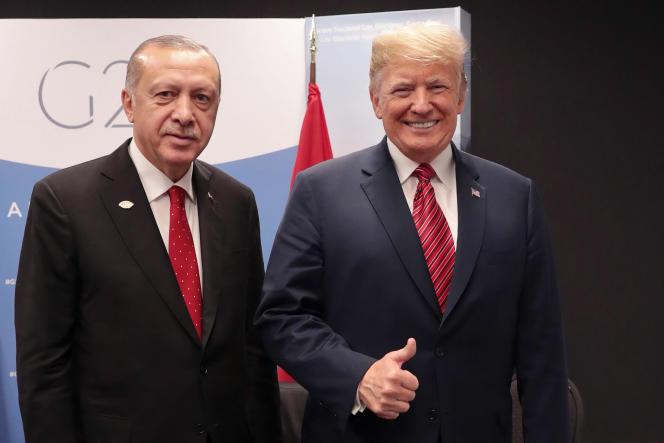 Les présidents turc, Recep Tayyip Erdogan, et américain, Donald Trump, au G20 de Buenos Aires, le 1er décembre.