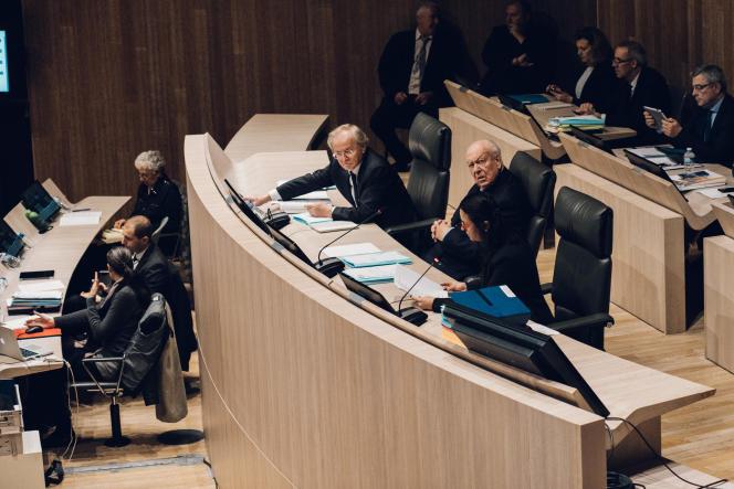 Le maire de Marseille, Jean-Claude Gaudin, lors du conseil municipal le 20 décembre.