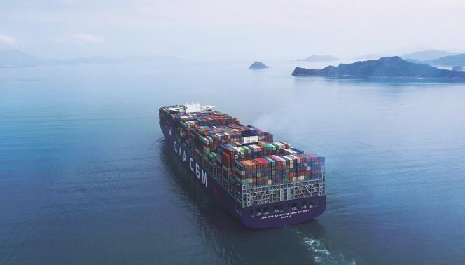 Le dernier-né de la flotte CMA-CGM, l'«Antoine de Saint-Exupery», à proximité de Yantian, en Chine.