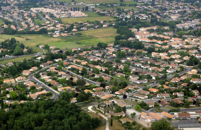 Un lotissement pavillonnaire de l'agglomération de Bordeaux, Gironde