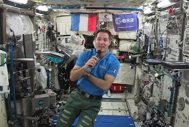 Thomas Pesquet, à bord de la Station spatiale internationale, quelque part au-dessus de la Terre, le 30 mai 2017.