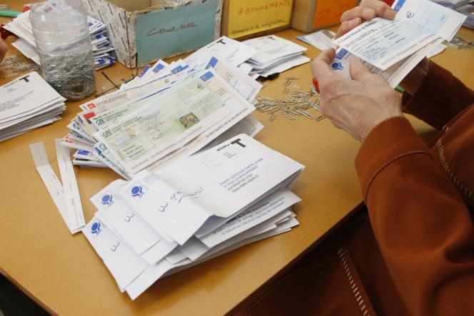 Collecte de dons au Comité Catholique contre la Faim et pour le Développement