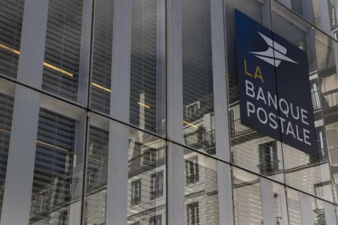 L'opération permettrait à l'opérateur postal d'accroître les revenus, le chiffre d'affaires et la solidité de La Banque postale.
