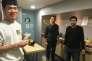 Zhong, Hamza et Hamed, étudiants de l'université de Nantes, dansune cuisine commune du Crous.