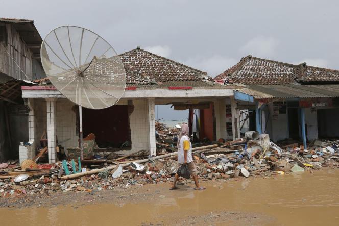 A Sumur, en Indonésie, le 25 décembre.