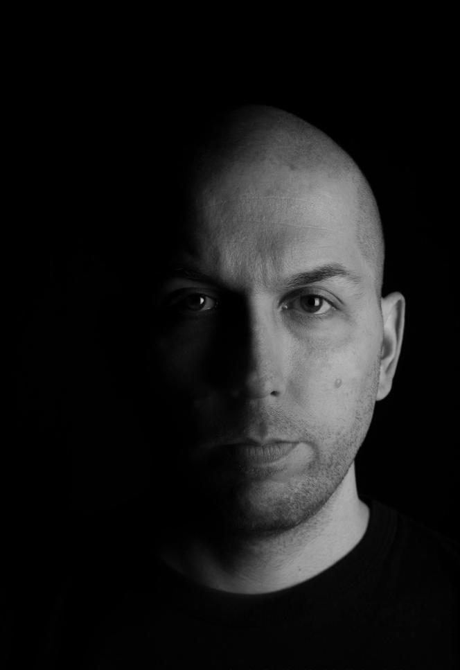 Eric Chandonnet,chroniqueur pour le site Nightlife.caet auteur de«Victime de la porn».