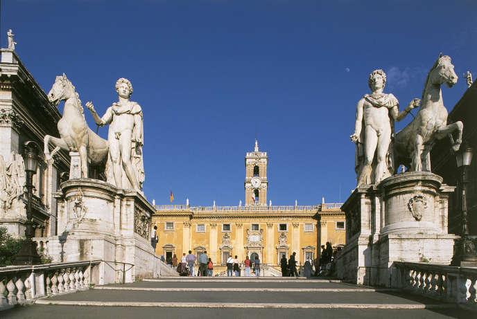 Statues des Dioscures, Castor et Pollux, place du Capitole, à Rome.