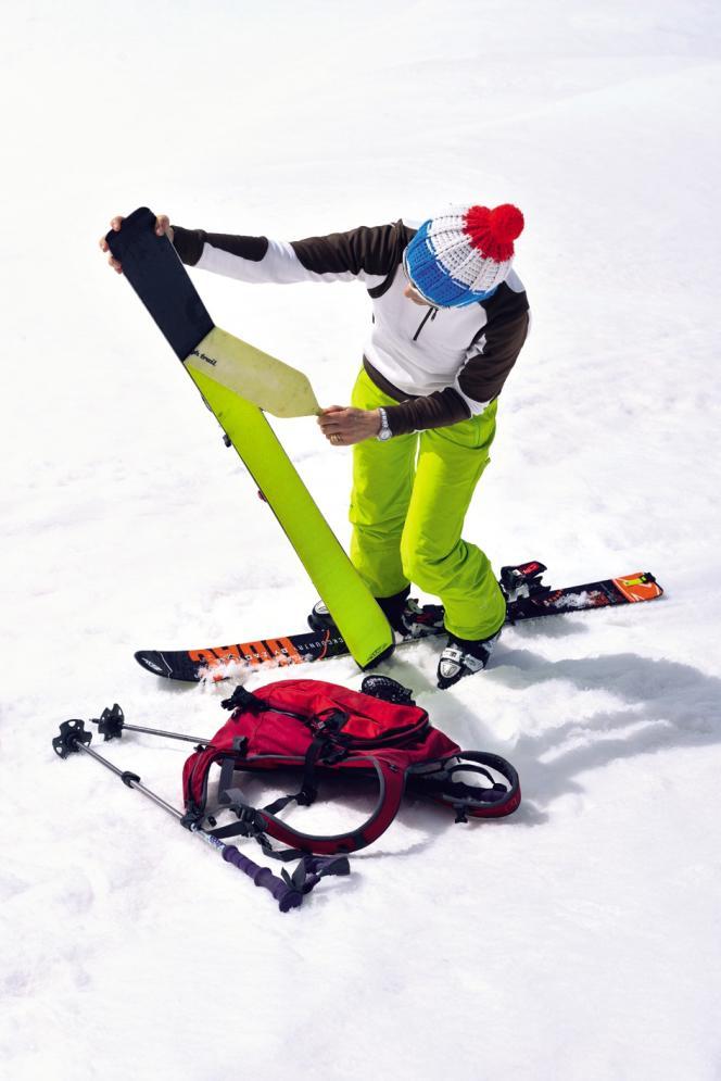Skis plus larges et plus légers, chaussures plus rigides, peau antidérapante, les équipementiers soignent les randonneurs.