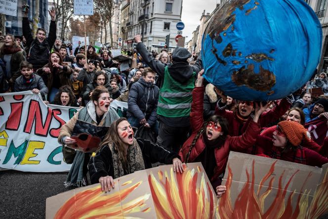 Marche pour le climat à Lyon le 8 décembre.