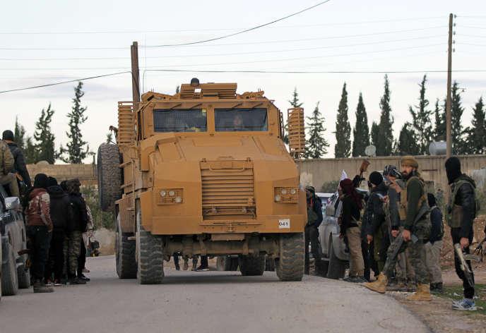 Des soldats turcs près de Manbij, le 28 décembre.