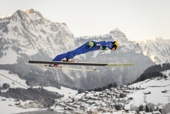 Jonathan Learoyd a pris la 46e place de la Coupe du monde d'Engelberg, en Suisse, le 15 décembre 2018.