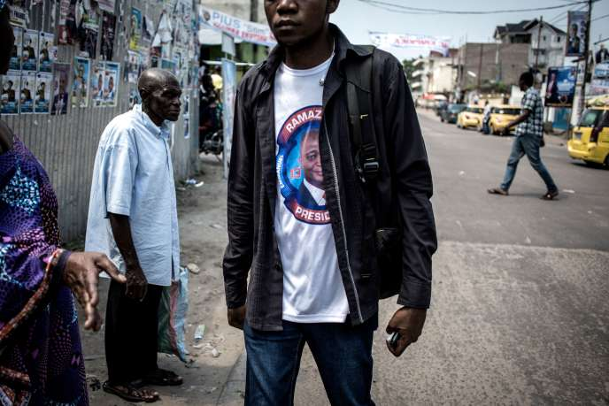 Un t-shirt de soutien aucandidat EmmanualRamazaniShadary, à Kinshasa, le 18 décembre..