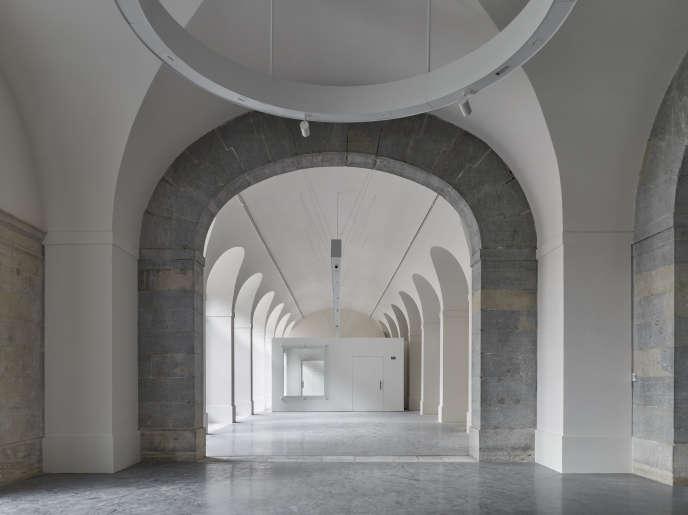 Sur le chantier du Musée des beaux-arts et d'archéologie (MBAA) de Besançon, architecte : Adelfo Scaranello.