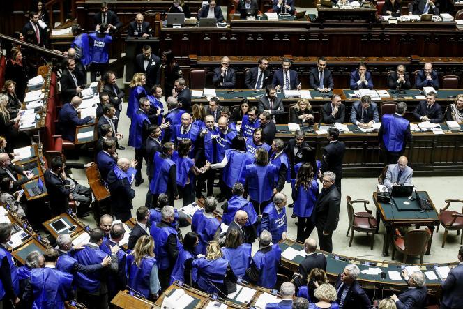 Des élus de Forza Italia, à la Chambre des députés, à Rome, le 29 décembre 2018.