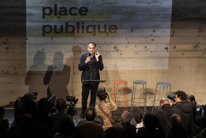 L'essayiste Raphaël Glucksmann, lors du lancement de son mouvement Place publique, à Montreuil (Seine-Saint-Denis), le 15 novembre.