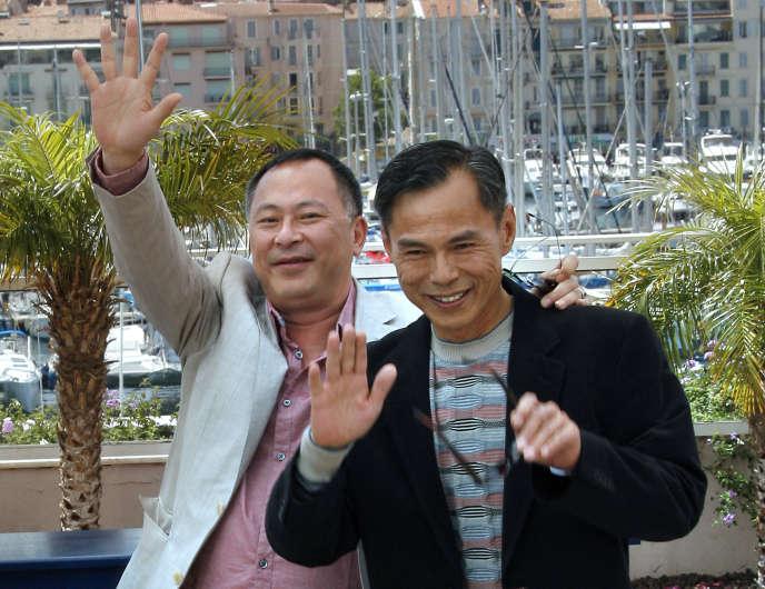 Ringo Lam (à droite) au côté du réalisateur Johnnie To lors de la présentation de«Triangle» au Festival de Cannes en mai 2007.