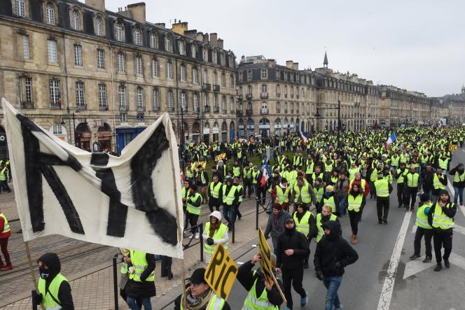 Manifestation de « gilets jaunes», à Bordeaux, le 29 décembre.